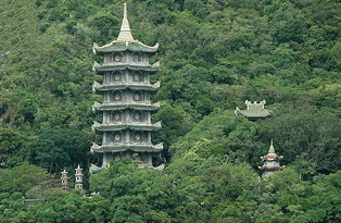 Tour Ngũ Hành Sơn - Bán đảo Sơn Trà